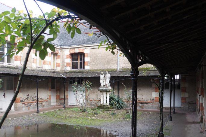 Le P'tit théâtre de Notre-Dame, côté cour