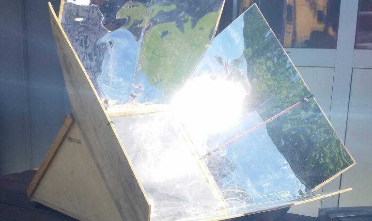 Atelier construction de four solaire nomade @ 7 rue St Conwoïon