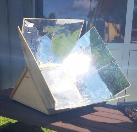 Atelier construction four solaire @ La Redonnerie