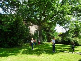 Visite d'un jardin @ Rendez-vous devant la piscine