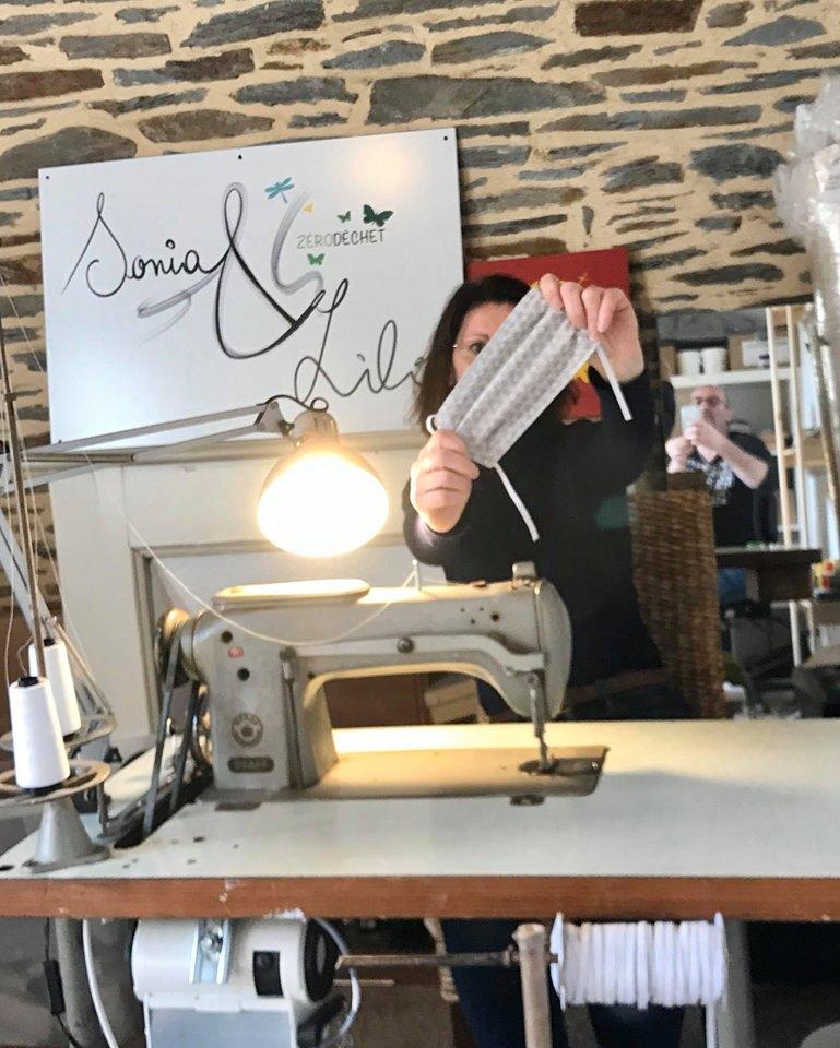 Interview vidéo de Sonia Le Cointe, couturière masquée