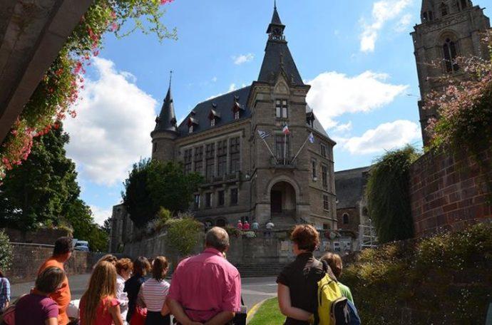 """Visite guidée """"Redon : petite ville, grand renom """" @ RDV devant l'Office de Tourisme"""