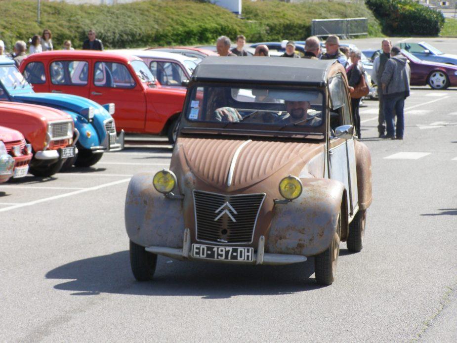 Rassemblement véhicules anciens et de collection