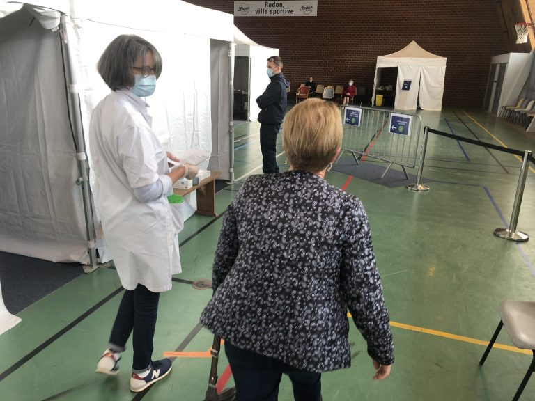 volontaire vaccination