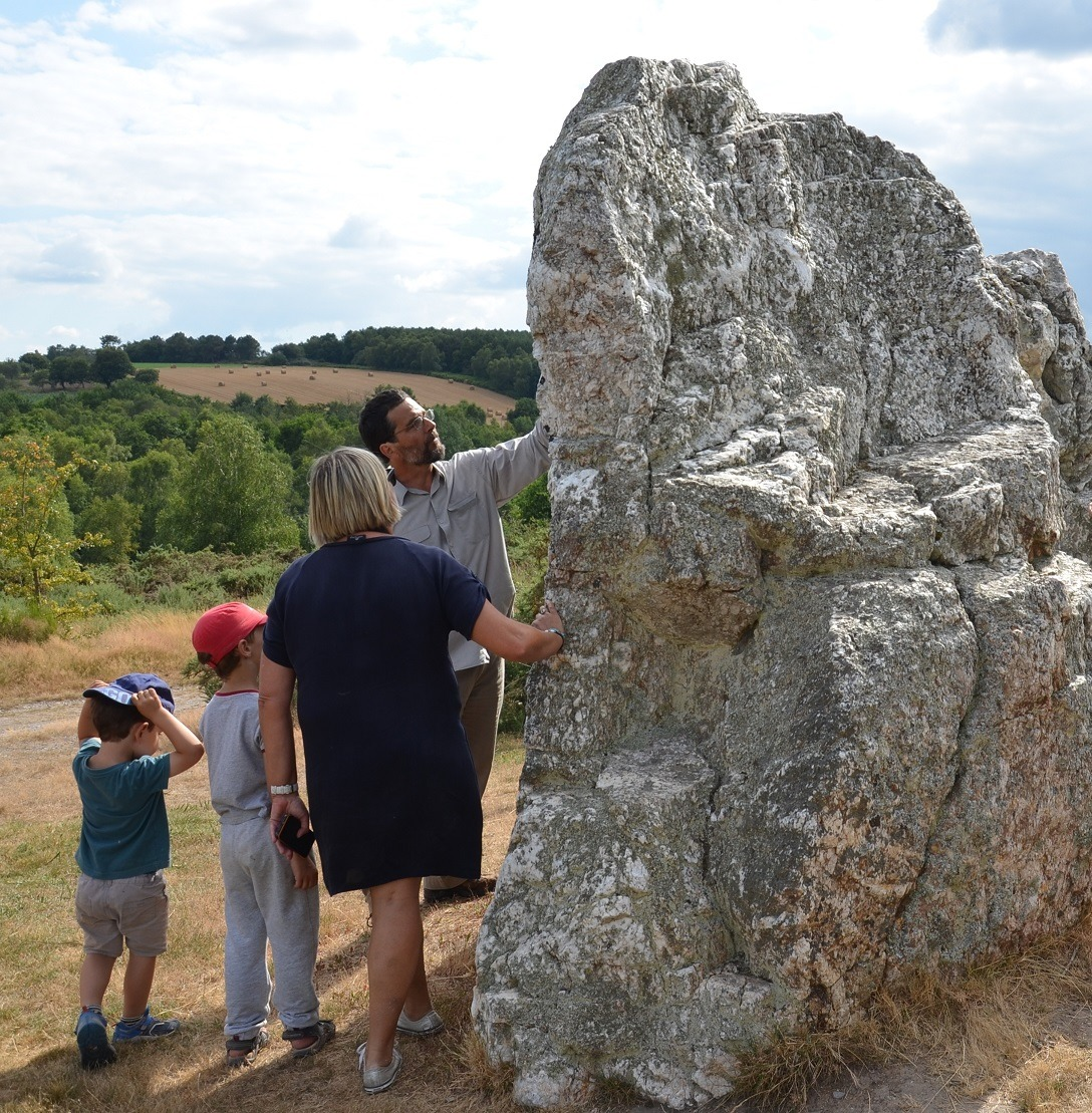 Visite guidée : initiation géologique au pied des menhirs