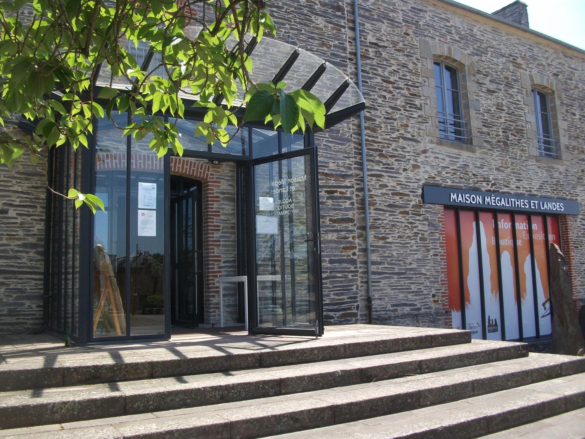 Visite libre exposition Maison Mégalithes et Landes